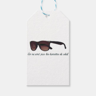These are note sunglasses gift tags