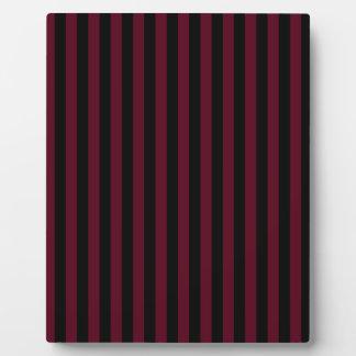 Thin Stripes - Black and Dark Scarlet Plaque