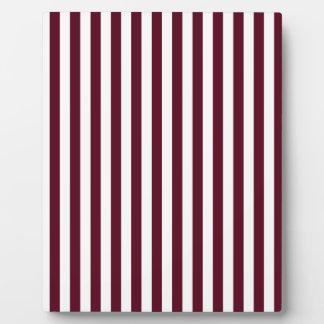 Thin Stripes - White and Dark Scarlet Plaque