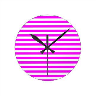 Thin Stripes - White and Fuchsia Round Clock