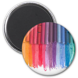 think in color 6 cm round magnet