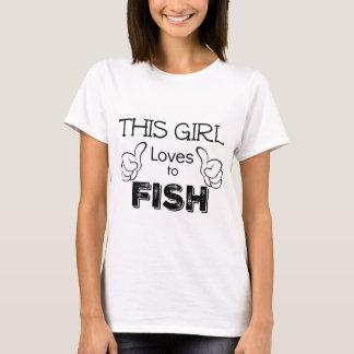 This Girl Loves To Fish Fisherwoman Gift T-Shirt