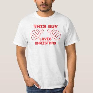 This guy loves Christmas Tshirts
