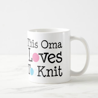 This Oma Loves To Knit Gift Coffee Mug