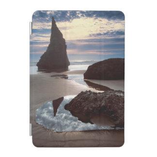 Thorn-Shaped seastack   Face Rock Wayside, OR iPad Mini Cover