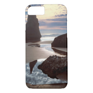 Thorn-Shaped seastack | Face Rock Wayside, OR iPhone 8/7 Case
