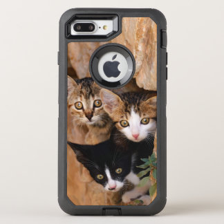 Three Cute Curious Cat Kittens Pet Photo Protect OtterBox Defender iPhone 8 Plus/7 Plus Case