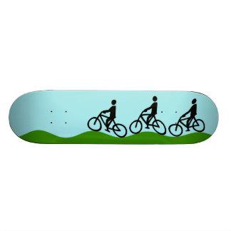 Three cyclists 19.7 cm skateboard deck