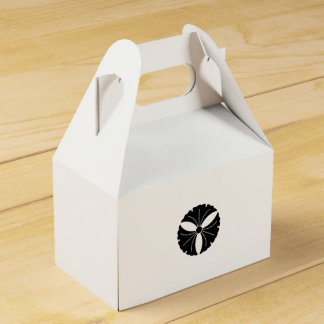 Three ginkgoes favour box