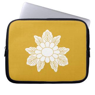 Three leaf asters laptop sleeve