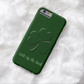 Three Leaf Clover Gaelic Design Barely There iPhone 6 Case