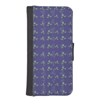 Three Leaf Clover Pattern iPhone 5 Wallets