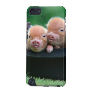 Three little pigs - three pigs - pig hat iPod touch (5th generation) cover