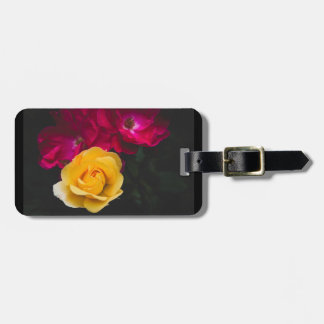 Three roses luggage tag
