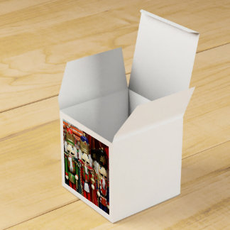 Three Wise Crackers - Nutcracker Soldiers Favour Box