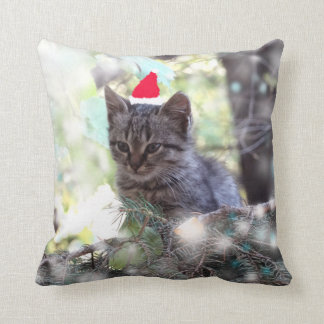 Throw Cushion Kitten Christmas time