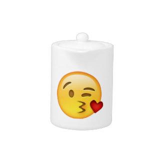 Throwing Kiss - Emoji
