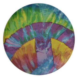 Tie-dyed plate