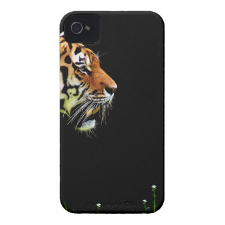 Tiger Approaching - Wild Animal Artwork iPhone 4 Covers