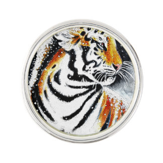 Tiger In The snow noir Lapel Pin