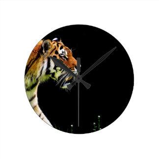Tiger Predator Fur Beautiful Dangerous Cat Round Clock