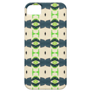 Tiki design pattern iPhone 5 covers
