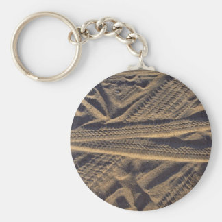 Tire tracks basic round button key ring