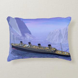 Titanic boat sinking - 3D render Decorative Cushion