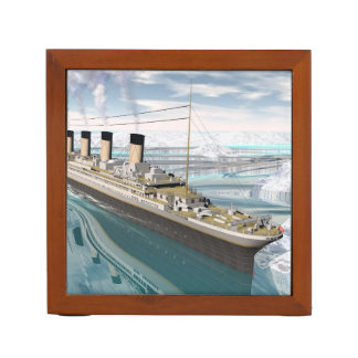 Titanic ship - 3D render Desk Organiser