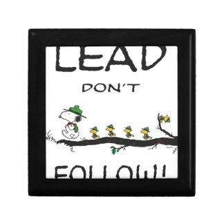 tmp_7845-0024238_lead-don't-follow-open-edition-li gift box