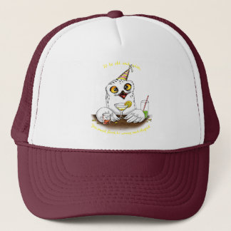To be old and wise Owl Trucker Hat