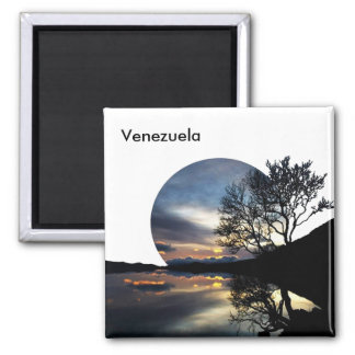 To get late in Venezuela Magnet