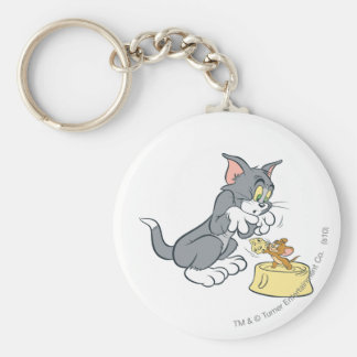 Tom and Jerry Feed The Cat Basic Round Button Key Ring