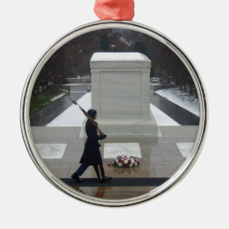 Tomb of the unknown soldier metal ornament