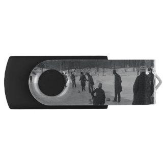 TOP Curling Old School Swivel USB 2.0 Flash Drive