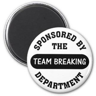 Top management works hard to break employee spirit 6 cm round magnet