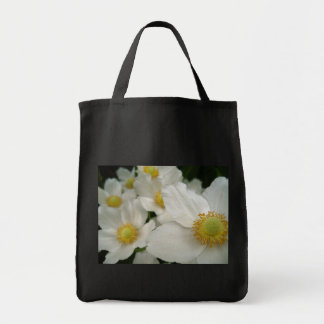 Tote with white flowers bags