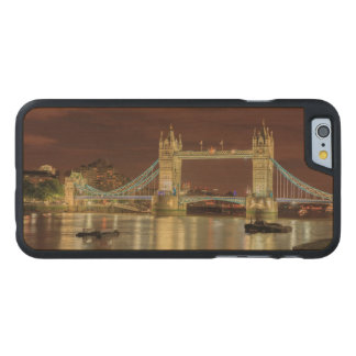 Tower Bridge at night, London Carved® Maple iPhone 6 Case