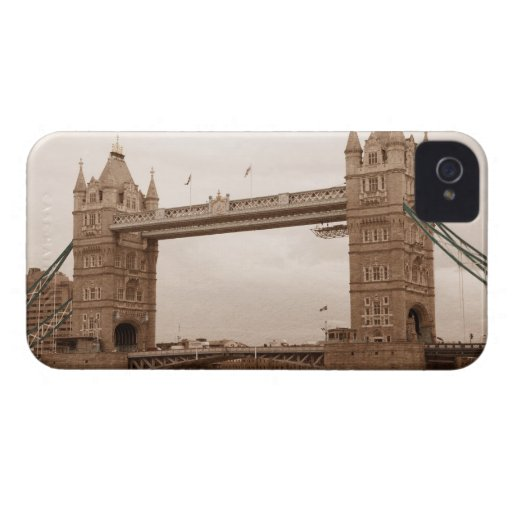 Tower Bridge iPhone 4 Case-Mate Cases