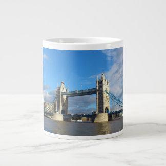 Tower Bridge-Mugs. Large Coffee Mug