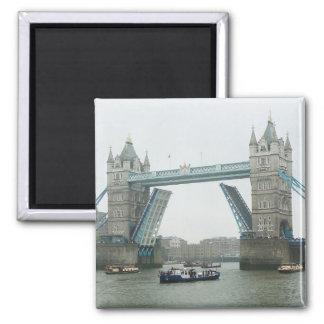 Tower Bridge, rasied Square Magnet