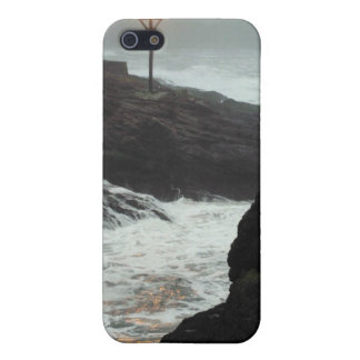 Tower in the Haze Cover For iPhone 5/5S