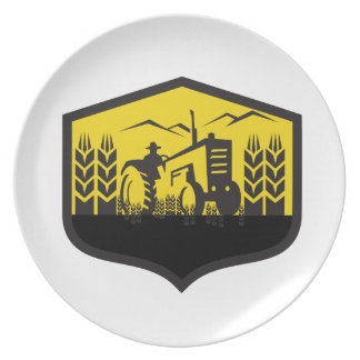 Tractor Harvesting Wheat Farm Crest Retro Party Plate