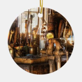Trade - Handyman - Messy Workbench Round Ceramic Decoration