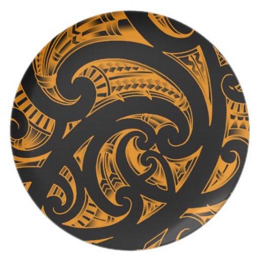 Traditional Maori Art: Traditional Maori Kirituhi Art From New-Zealand Party