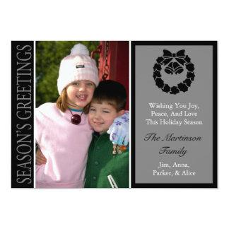 Traditional Season's Greetings Wreath Card (Black) 13 Cm X 18 Cm Invitation Card