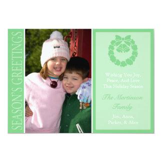 Traditional Season's Greetings Wreath Card (Mint) 13 Cm X 18 Cm Invitation Card