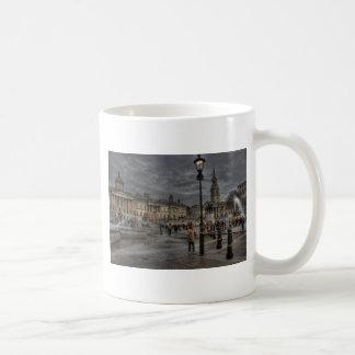 Trafalgar Square Basic White Mug