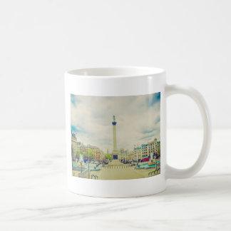 Trafalgar Square in London vintage Mugs
