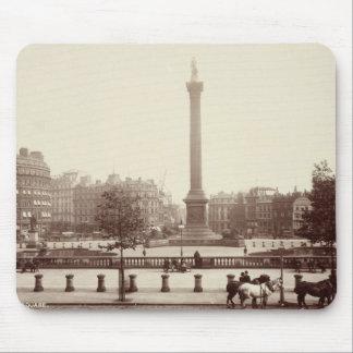 Trafalgar Square, London (sepia photo) Mouse Pad